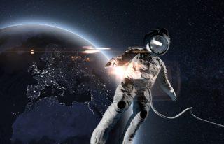 1990年12月2日、「日本人宇宙初飛行記念日」