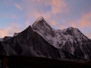 1953年5月29日、「エベレスト初登頂」記念日