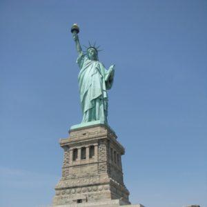 1776年7月4日は、「アメリカ独立記念日」